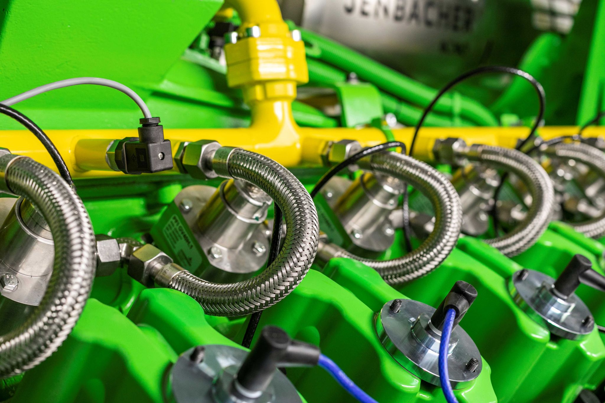 Перша міні-ТЕЦ Jenbacher на водні в роботі